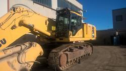 Mini escavatore cingolato Bobcat E19 ed escavatore Komatsu PC600 - Asta 3659