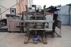 Iron racks and cantilever - Lote 34 (Subasta 3667)