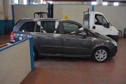 Opel Zafira car - Lot 62 (Auction 3667)