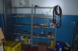 Screws and light shelving - Lot 71 (Auction 3667)