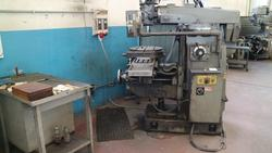 Rambaudi Supermax manual milling machine - Lot 8 (Auction 3667)