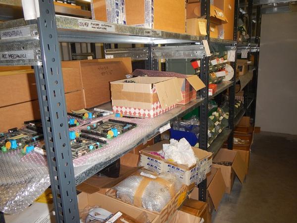 Immagine n. 3 - 4#3668 Magazzino componenti elettronici e informatici