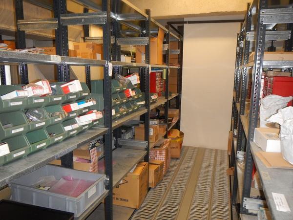 Immagine n. 6 - 4#3668 Magazzino componenti elettronici e informatici