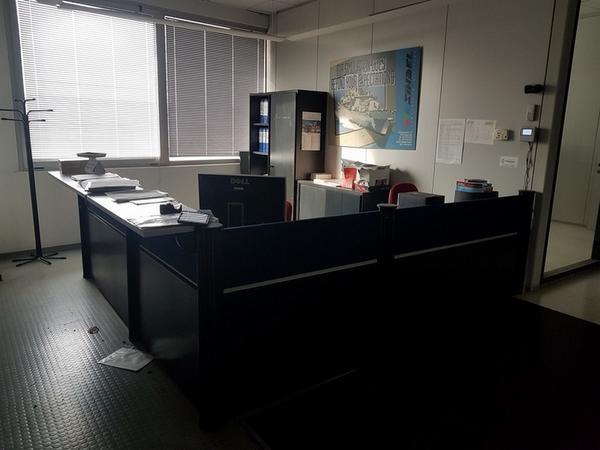 Immagine n. 4 - 6#3668 Arredi e attrezzature uffico