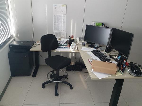 Immagine n. 8 - 6#3668 Arredi e attrezzature uffico