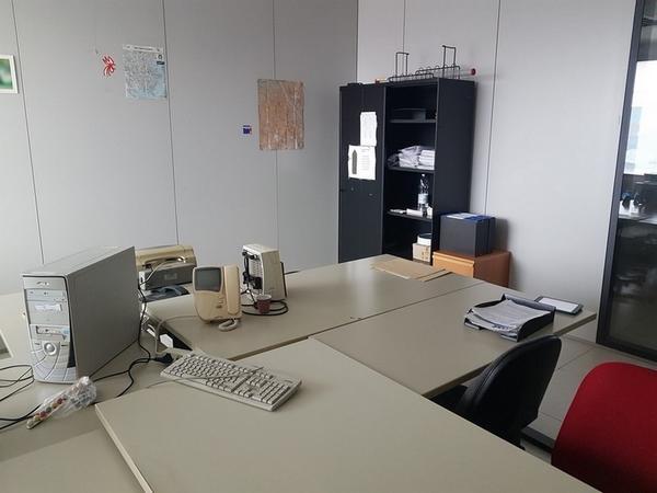 Immagine n. 17 - 6#3668 Arredi e attrezzature uffico