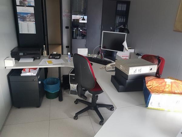Immagine n. 23 - 6#3668 Arredi e attrezzature uffico