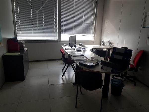 Immagine n. 24 - 6#3668 Arredi e attrezzature uffico