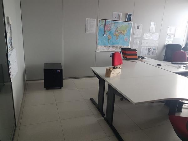 Immagine n. 32 - 6#3668 Arredi e attrezzature uffico