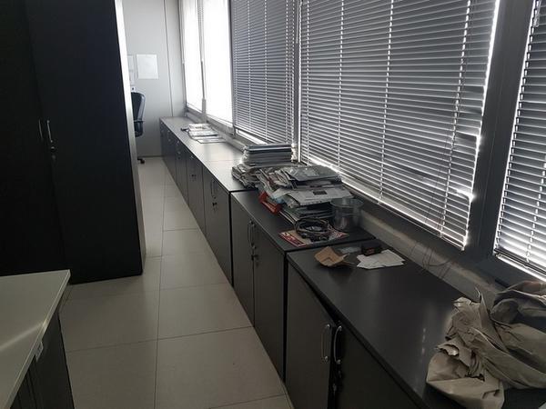 Immagine n. 37 - 6#3668 Arredi e attrezzature uffico