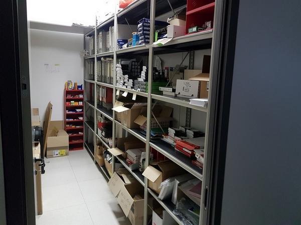 Immagine n. 69 - 6#3668 Arredi e attrezzature uffico