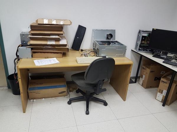 Immagine n. 87 - 6#3668 Arredi e attrezzature uffico