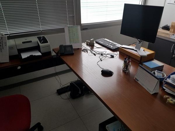 Immagine n. 92 - 6#3668 Arredi e attrezzature uffico