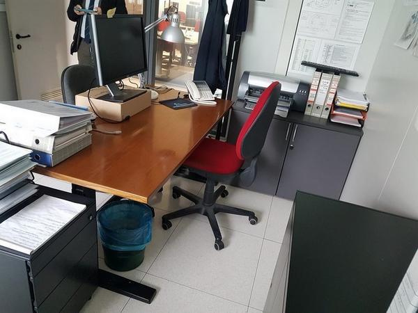 Immagine n. 93 - 6#3668 Arredi e attrezzature uffico