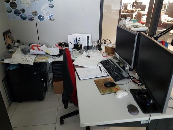Immagine n. 100 - 6#3668 Arredi e attrezzature uffico