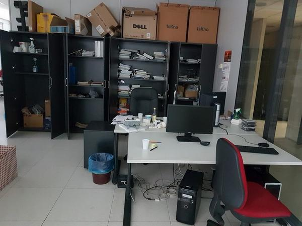 Immagine n. 107 - 6#3668 Arredi e attrezzature uffico