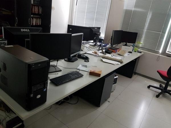 Immagine n. 111 - 6#3668 Arredi e attrezzature uffico