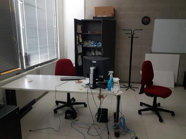 Immagine n. 114 - 6#3668 Arredi e attrezzature uffico