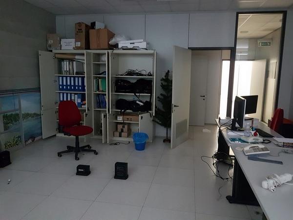 Immagine n. 115 - 6#3668 Arredi e attrezzature uffico