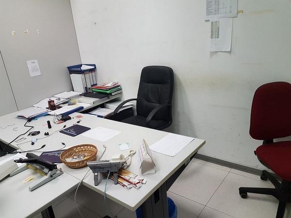 Immagine n. 119 - 6#3668 Arredi e attrezzature uffico