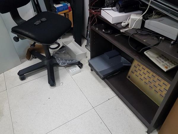Immagine n. 123 - 6#3668 Arredi e attrezzature uffico