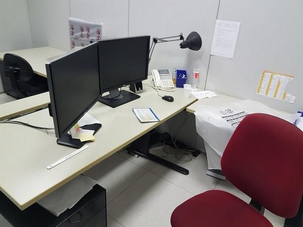 Immagine n. 127 - 6#3668 Arredi e attrezzature uffico
