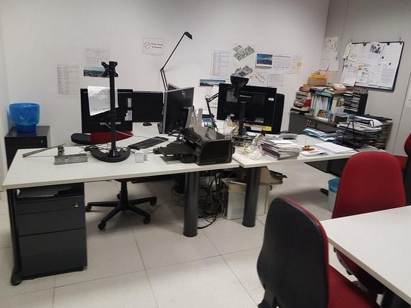 Immagine n. 130 - 6#3668 Arredi e attrezzature uffico