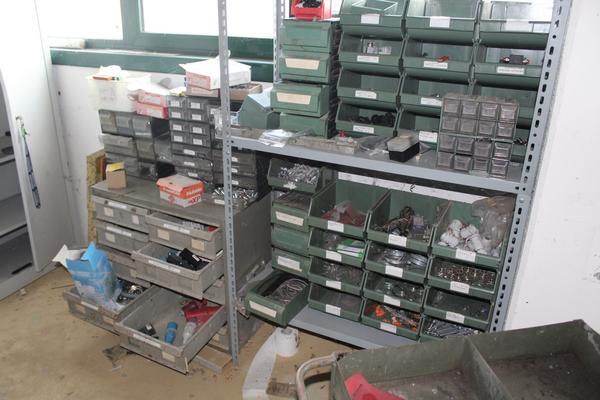 Immagine n. 22 - 24#3669 Macchina manuale piega profili e scaffalatura