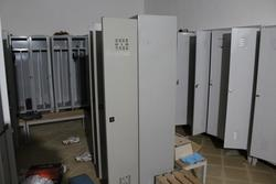 Dressing lockers - Lot 44 (Auction 3669)