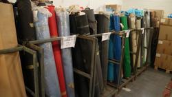 Gabbie in ferro e rotoli di PVC - Subasta 3671