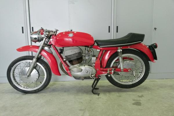 23#3672 Moto MV-augusta Raid 250cc
