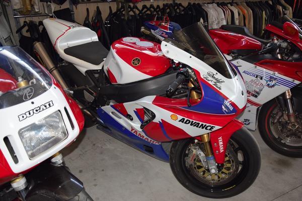34#3672 Moto Yamaha R7 Advance  750cc