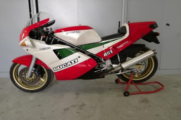 5#3672 Moto DucatiSBK 851