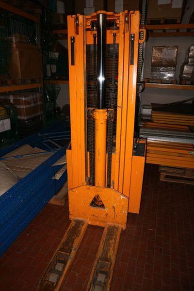 Immagine n. 8 - 1#3673 Muletto Pimespo e monoblocco ad uso ufficio