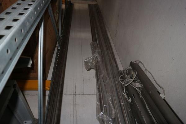 Immagine n. 41 - 3#3673 Scaffalature industriali e tubi in rame