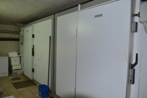 Plafoniere Per Celle Frigorifere : Lotto celle frigorifere