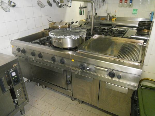 7 3680 attrezzatura per cucina professionale zanussi - Attrezzatura cucina professionale ...