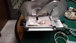 Vetta Macchi slicer in aluminum for salami - Lot 4 (Auction 3689)