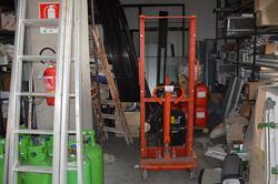 Carrello elevatore manuale Simari - Lotto 2 (Asta 3691)