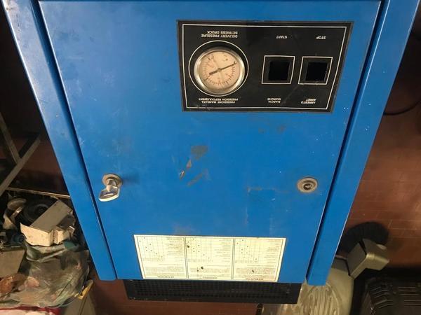 Immagine n. 7 - 11#3695 Compressore a pistoni Mark B5 SA
