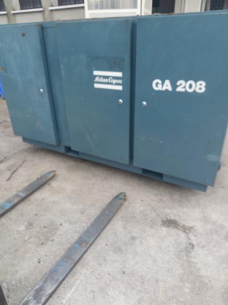 Immagine n. 7 - 3#3695 Compressore elettrico a vite silenziato Atlas Copco GA208