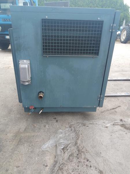 Immagine n. 8 - 3#3695 Compressore elettrico a vite silenziato Atlas Copco GA208