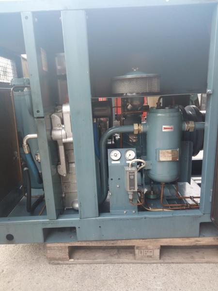 Immagine n. 12 - 3#3695 Compressore elettrico a vite silenziato Atlas Copco GA208