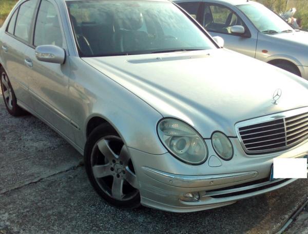 Immagine n. 2 - 30#3695 Mercedes Benz E320