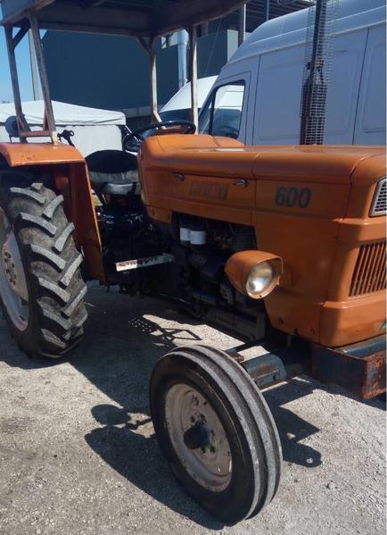 Immagine n. 4 - 31#3695 Trattore agricolo Fiat 600