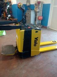 Electric pallet truck Yale MP20X FBW 20 quintals - Lot 5 (Auction 3695)