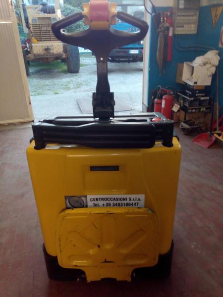 Immagine n. 4 - 5#3695 Transpallet elettrico Yale MP20X FBW 20 quintali