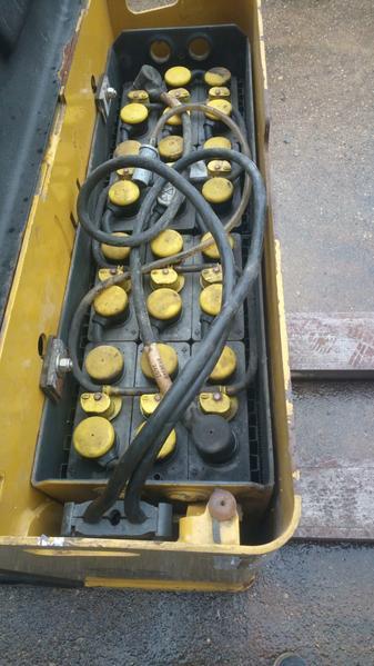 Immagine n. 4 - 8#3695 Transpallet elettrico Yale MP20X 15 quintali