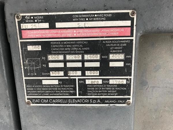 Immagine n. 7 - 9#3695 Carrello elevatore elettrico OM EU25 25 quintali