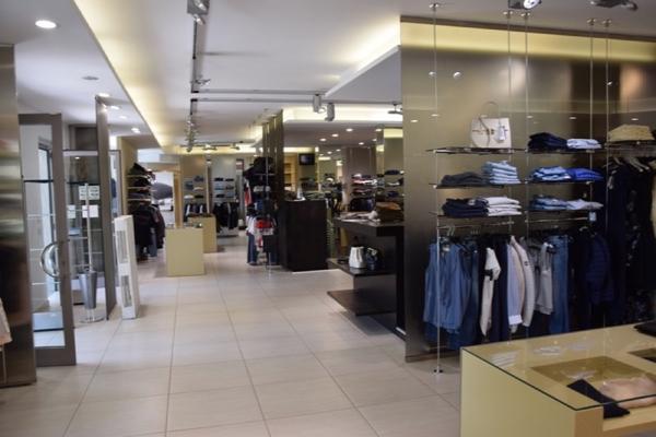 1#3698 Cessione di azienda dedita alla vendita di abbigliamento sportivo